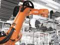 一汽集团采用 KUKA KR 1000 titan安装气缸体 (1)