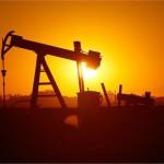 """彭博:人类真正告别""""石油时代""""还需50年"""