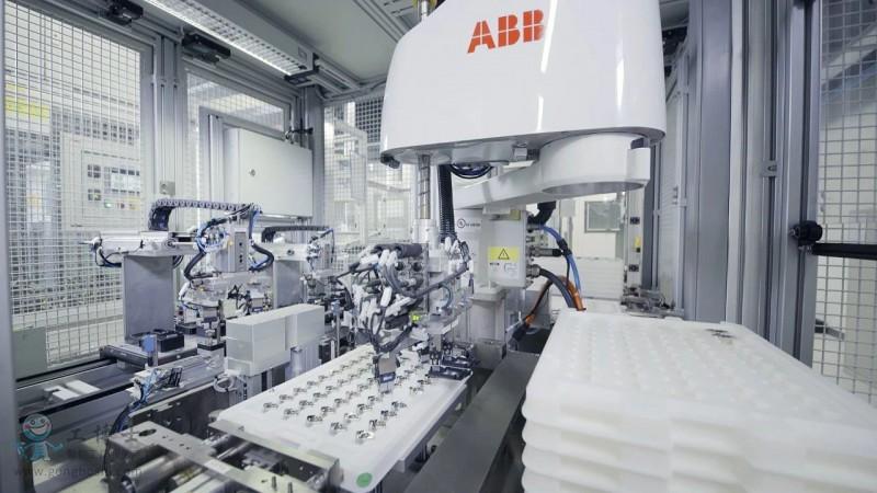 携手海拉,abb打造汽车电子制造的新未来
