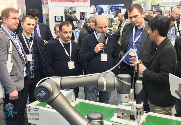 达明机器人TM5汉诺威工业展登场
