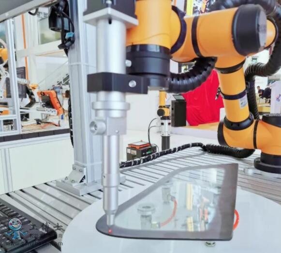 遨博机器人——全新协作机器人应对多种行业自动化需求