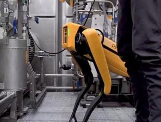 波士顿Spot机器人正式上岗